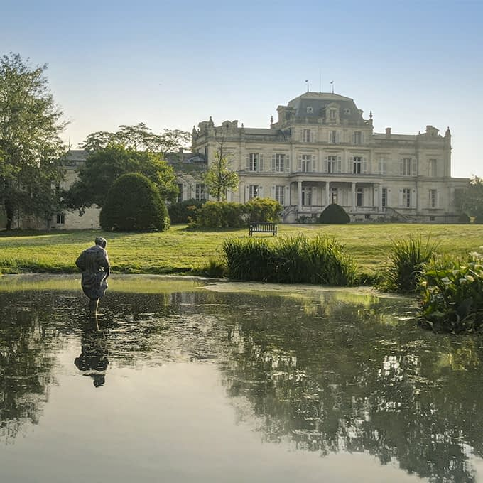 Giscours park offers magnificent views of the Château